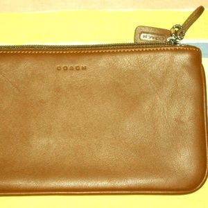 NWOT Coach Brown Small Wallet Smooth Leather!